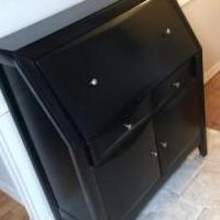 Desk (solid wood) for sale in Naples FL by Garage Sale Showcase member florespcfix, posted 10/24/2019