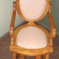 Child's Glider chair for sale in Overland Park KS by Garage Sale Showcase member ks22225ks122519, posted 03/08/2020