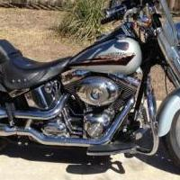 Harley Davidson Fatboy.  2010 for sale in Brownwood TX by Garage Sale Showcase member Trib, posted 12/11/2019