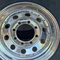 Ford 8 lug 16x6 chrome rim for sale in Pioneer CA by Garage Sale Showcase member KeyserSozae, posted 08/22/2019