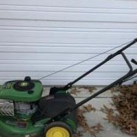 John Deere lawnmower for sale in Pinehurst NC by Garage Sale Showcase member Billpace1950, posted 01/01/2020