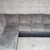 Sectional Couch for sale in Midlothian TX by Garage Sale Showcase member Wliekis, posted 11/02/2019