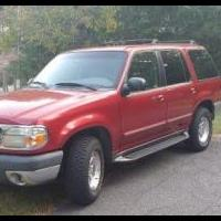 1999 Ford Explorer XLT for sale in Pinehurst NC by Garage Sale Showcase member Jbatton64, posted 10/03/2019