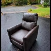 Small Reclining chair for sale in Hudson WI by Garage Sale Showcase member Gotichtf, posted 10/12/2019