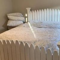 Picket bed for sale in Mullica Hill NJ by Garage Sale Showcase member Michelemc23, posted 11/07/2019