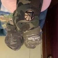 Hats golden state warriors and las vegas for sale in Warrensburg NY by Garage Sale Showcase member Hercules40, posted 12/20/2019