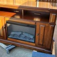 Electric Fireplace Console for sale in Lubbock TX by Garage Sale Showcase member Russell16, posted 11/08/2019