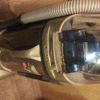 HOOVER WINDTUNNEL VACUUM 12 AMP MOTOR WORKS GREAT POWER FORCE HAND TOOL for sale in Owatonna MN by Garage Sale Showcase member Doofydragon, posted 10/21/2019