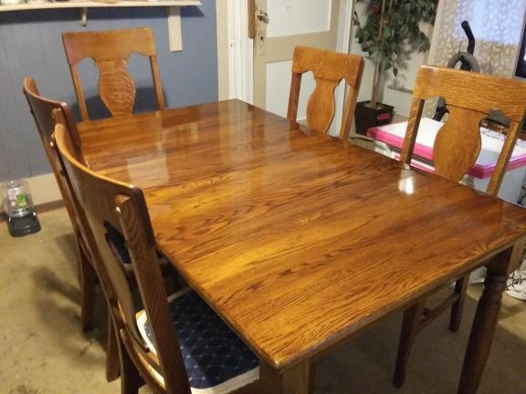 Solid Oak dining Rm Table & chairs  Absolutely Beautifull for sale in Bradford PA