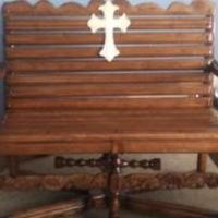 Custom Built Solid Maple Bench for sale in Bradford PA by Garage Sale Showcase member Jb6371#47, posted 09/26/2019