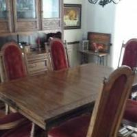 Oak Dining Table & 6 Chairs for sale in Iowa City IA by Garage Sale Showcase member TomTom, posted 11/08/2019