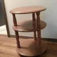 Round Oak End Table for sale in Iowa City IA by Garage Sale Showcase member TomTom, posted 11/08/2019