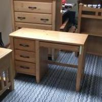 Bedroom Set for sale in Hillsborough NJ by Garage Sale Showcase member chrisg, posted 08/25/2019