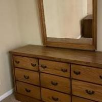 Bedroom dresser and mirror for sale in Woodstock IL by Garage Sale Showcase member Cyndi847, posted 01/29/2020