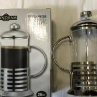 Coffee and tea maker for sale in Gonzales LA by Garage Sale Showcase member anngarib, posted 08/16/2020