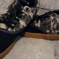 Mens Canvas Camo Shoes for sale in Hart County KY by Garage Sale Showcase member GiGi's Garage, posted 03/09/2020