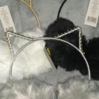 Kitten Headband with Earmuffs for sale in Hart County KY by Garage Sale Showcase member GiGi's Garage, posted 03/09/2020