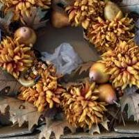 Fall wreath for sale in Matawan NJ by Garage Sale Showcase member Lppflug, posted 08/30/2020