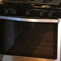 Five burner Whirlpool Stainless Steel Gas Range for sale in Granby CO by Garage Sale Showcase member July2020, posted 07/14/2020