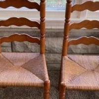 6 Ladder back, rush seat chairs for sale in Brownsburg IN by Garage Sale Showcase member jwhcrs, posted 12/12/2020