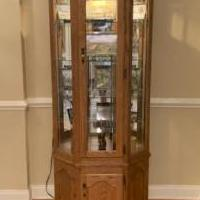 Glass cabinet for sale in Hamburg NJ by Garage Sale Showcase member moebel, posted 09/04/2020