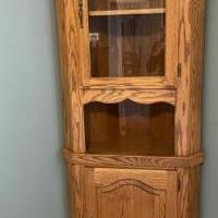 Amish oak corner cabinet for sale in Bowling Green OH by Garage Sale Showcase member scope8527, posted 04/20/2020