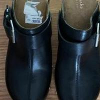 Clark shoes for sale in Indianapolis IN by Garage Sale Showcase member tsstrahl, posted 06/21/2020