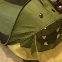 Kids Tent for sale in Dahlonega GA by Garage Sale Showcase member Fawn21, posted 11/28/2020
