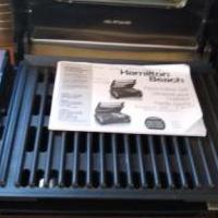 Tabletop grill for sale in Leesburg FL by Garage Sale Showcase member bigbear, posted 02/08/2020