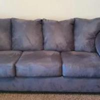 Gray Couch for sale in Denton TX by Garage Sale Showcase member Hanan.MK, posted 10/15/2020