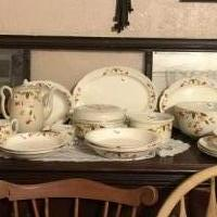 Jewel-T dishes for sale in Brownwood TX by Garage Sale Showcase member Bjlgrm, posted 05/20/2020