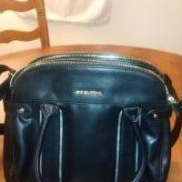 Leather Hand Bag for sale in Lawrenceville GA by Garage Sale Showcase member lifetimerkdl, posted 02/13/2020