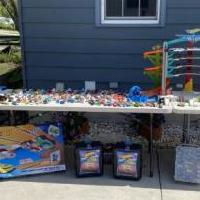 Hot wheels and ultimate garage for sale in Tiffin OH by Garage Sale Showcase member Hdavidson, posted 08/18/2020