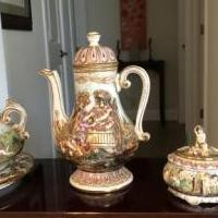 Capodimonte Italian Pottery for sale in Hutto TX by Garage Sale Showcase member jawalling, posted 05/10/2020