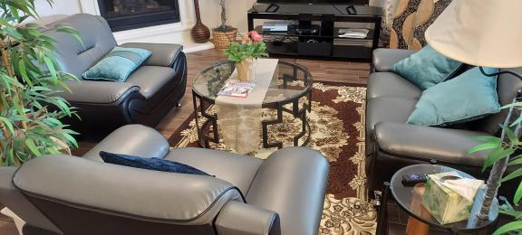 5 piece living room set for sale in Princeton TX