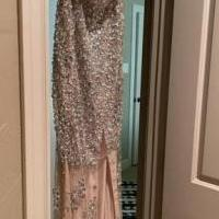 Prom dress for sale in Lubbock TX by Garage Sale Showcase member Lollie, posted 03/01/2021