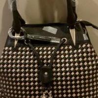 Checkered Pocketbook for sale in Whitehouse Station NJ by Garage Sale Showcase member judyesp, posted 02/11/2021