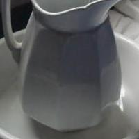 WATER PITCHER AND BASIN for sale in Marion County OH by Garage Sale Showcase Member Hurricane19