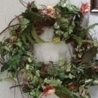 Huge grapevine wreath for sale in Norwalk OH by Garage Sale Showcase Member Mscreativity