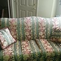 Couch for sale in Plano TX by Garage Sale Showcase Member Myrtlesr