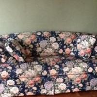 Love Seat / Couch for sale in Tiffin OH by Garage Sale Showcase Member Garage Sale George