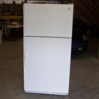 KENMORE TOP MOUNT REFRIGERATOR for sale in Huntingdon County PA by Garage Sale Showcase Member Mrsmokeyjoe4