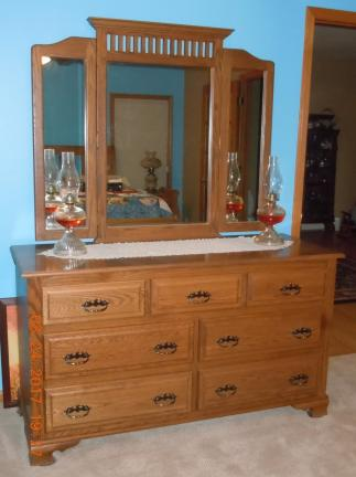 Amish Oak Dresser with Cedar Lined Drawers for sale in Cedar County IA