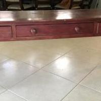 Sofa table for sale in Naples FL by Garage Sale Showcase member 1946lucy, posted 10/04/2018