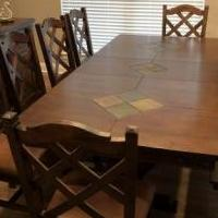 Dining room set for sale in Lorena TX by Garage Sale Showcase member rmjsmann, posted 09/05/2018