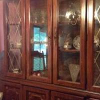 Broyhill China Cabinet for sale in Carlyle IL by Garage Sale Showcase member bbsissy1210, posted 06/16/2018