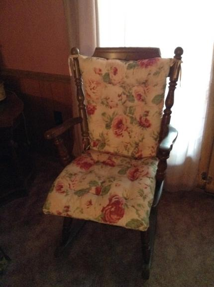 Rocking chair for sale in Carlyle IL