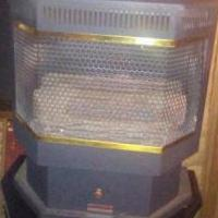 Gas fireplace for sale in Irvington KY by Garage Sale Showcase member TjAiden, posted 04/27/2018