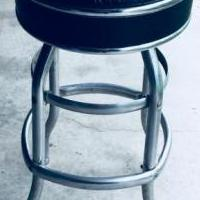 1960 Retro Crome Bar Stool for sale in Anamosa IA by Garage Sale Showcase member 305Julie, posted 05/29/2018