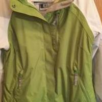 Woman's Ski Jacket for sale in Greenfield MN by Garage Sale Showcase member Dhsign4u@gmail.com, posted 09/21/2018